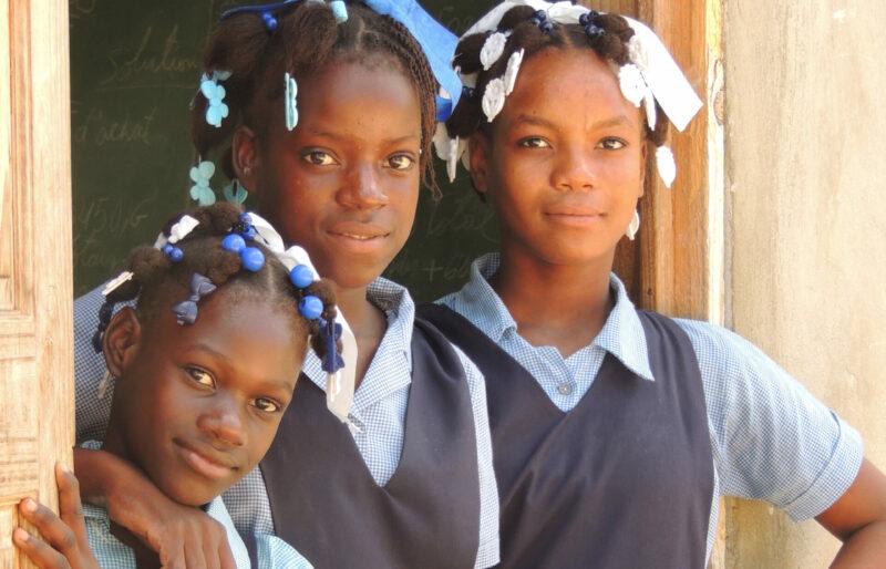 schoolchildren Pinson Haiti Rayjon